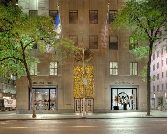 Kevin vuong store design for michael kors andrea serrano for Michael kors rockefeller center